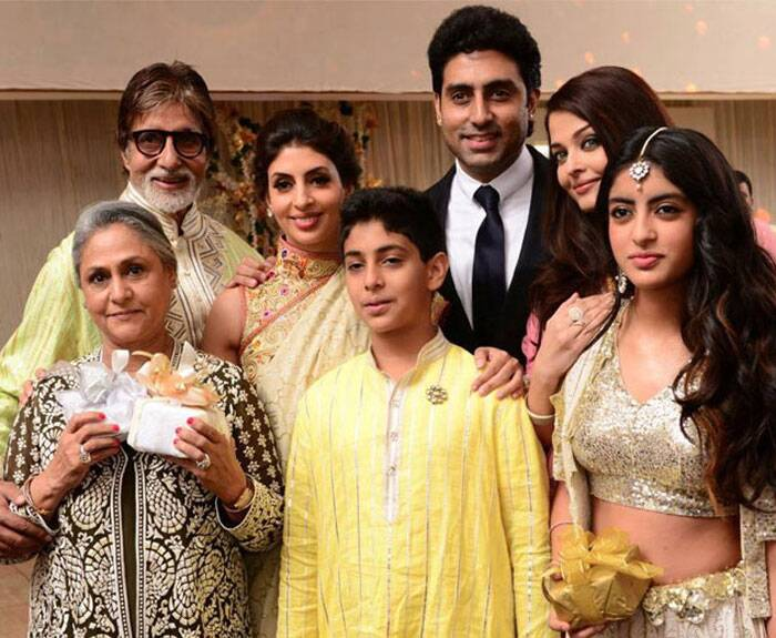 Jaya Bachchan with Amitabh Bachchan, daughter Shweta and her kids Navya and Agastya and son Abhishek and daughter-in-law Aishwarya Rai at a family wedding. (Express archive photo)
