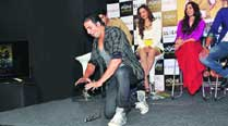 Akshay Kumar performing a magic stunt