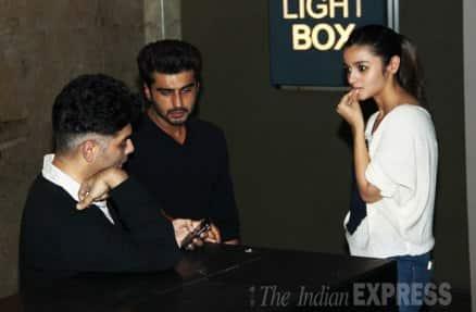 Sonakshi, Karisma, Malaika, watch Alia, Arjun's '2 States'