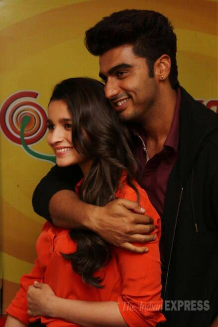 Arjun Kapoor, Alia Bhatt continue with their PDA