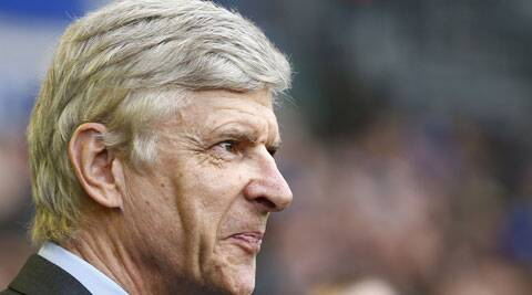 Arsenal manager Arsene Wenger has been heavily criticized for his team's dismal performance in recent English Premier and Champions League games. (Reuters)