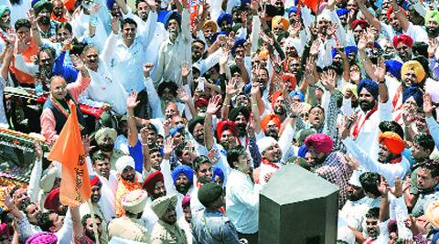 Arun Jaitley campaigns in Majitha, Wednesday.
