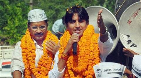 AAP convener Arvind Kejriwal campaigning for party's candidate for the Lok Sabha elections, Kumar Vishwas, in Amethi on Sunday. (PTI)