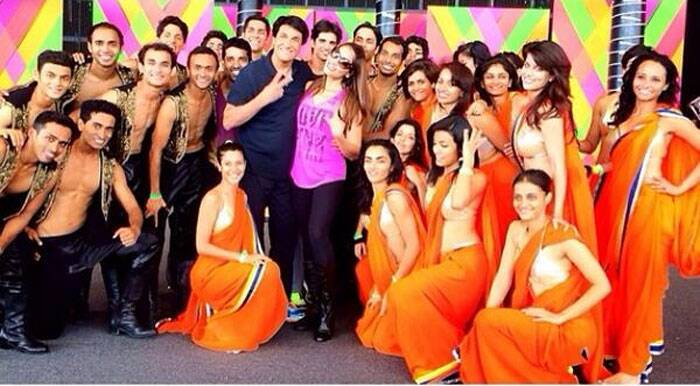 Bipasha Basu and chorographer Shiamak Davar smile for a group picture along with their dance troop.