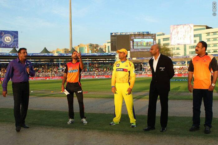 The toss went SRH's way as Shikhar Dhawan, without any hesitation, elected to bat first. Dhoni too wanted to bat first on the Sharjah strip (Photo: BCCI/IPL)