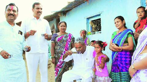 Shiv Sena MP Shivajirao Adhalrao-Patil stops for lunch during his campaign in Shirur. (express)