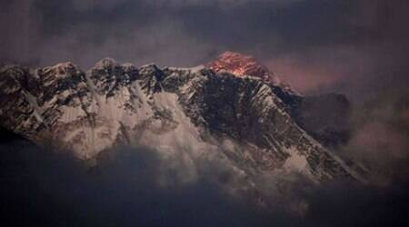 nepal, Mout everest, nepal mount everest, mt everest, mount everest nepal, everest neoal, nepal everest, climbing conditions everest, everest climbimg condition, World News