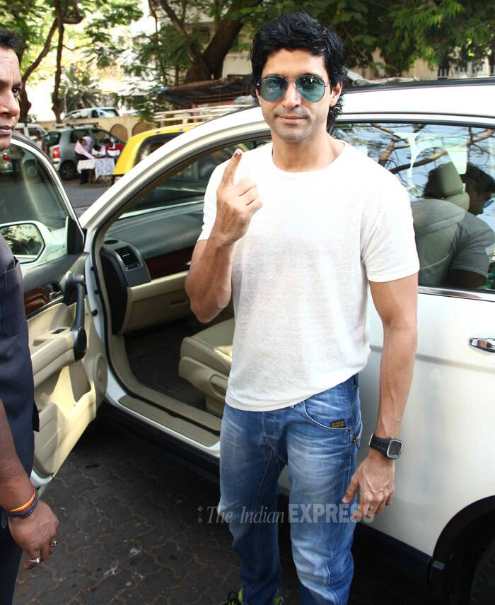 Farhan Akhtar gladly flashes the dot on his finger. The actor will be joining other Bollywood celebs at IIFA, which he will host, in Tampa Bay, Florida. (Photo: Varinder Chawla)
