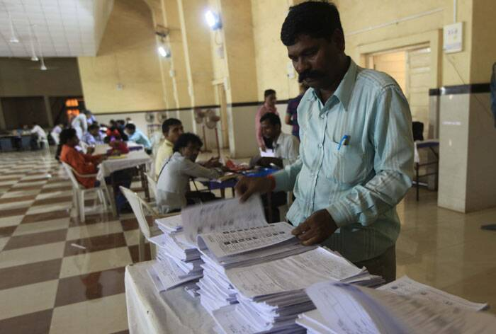 Mumbai will go for polling on 24th April 2014.  Express photo by Ganesh Shirsekar,