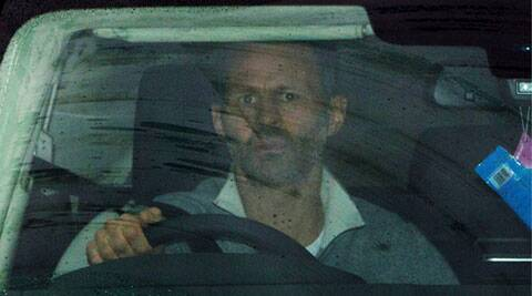 Ryan Giggs arrives at the club's Carrington training ground in Manchester om Tuesday. (Reuters)