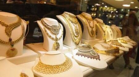 Bullion market shut for second day as jewellers dig in heels