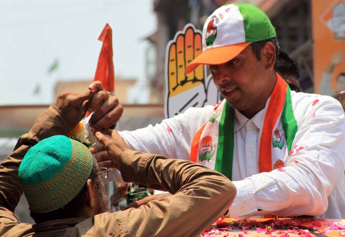 In the 2009 Lok Sabha election, Deora was elected from Mumbai South Constituency, by a margin of 1,12,682 votes. Express photo by Ganesh Shirsekar