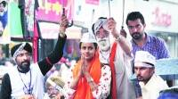 Gul Panag campaigns for Phoolka, says Cong, BJP tense because of AAP