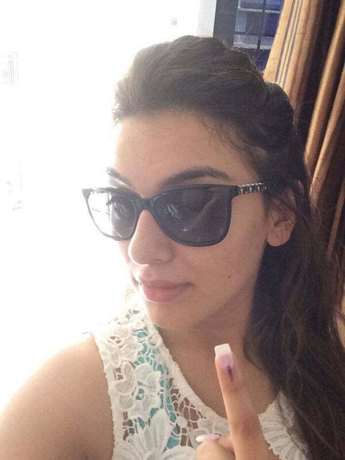 "Actress Hansika also voted. She said, ""I have voted now it's ur turn."" (Photo: Twitter)"