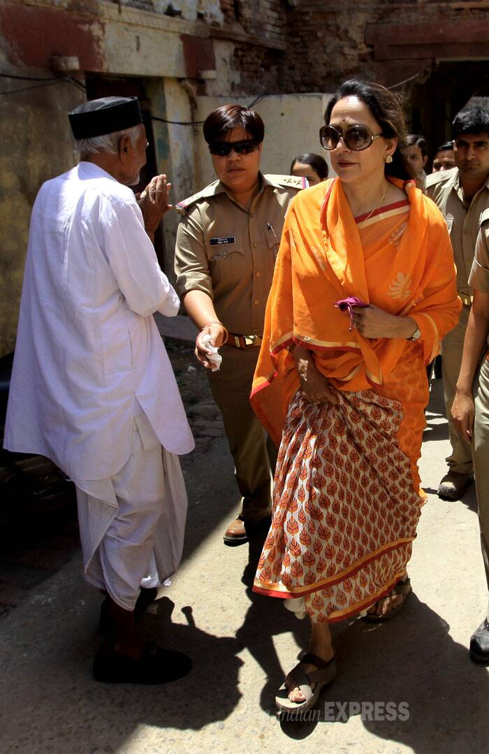 BJP candidate Hema Malini visited the polling booth in Mathura during the sixth phase of  of polling on Thursday. (IE Photo: Ravi Kanojia)