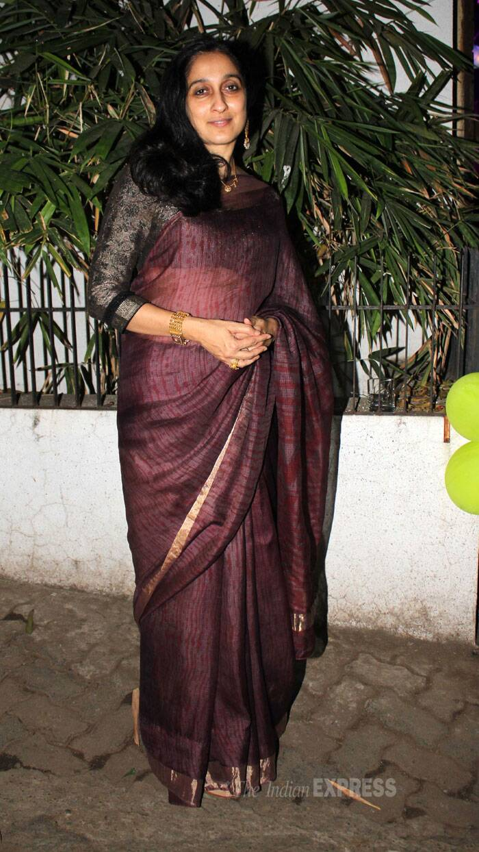 Imran's mother Nuzhat Khan was elegant in a sari. (Photo: Varinder Chawla)