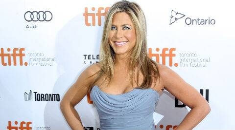 Jennifer Aniston is reportedly planning to shed some extra weight before her wedding to fiance Justin Theroux.