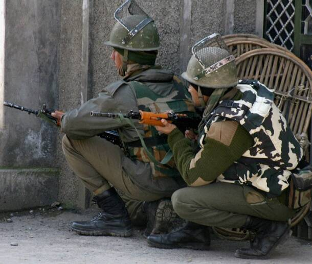 The LeT militants were arrested during a joint operation conducted by the police, Army and the CRPF.