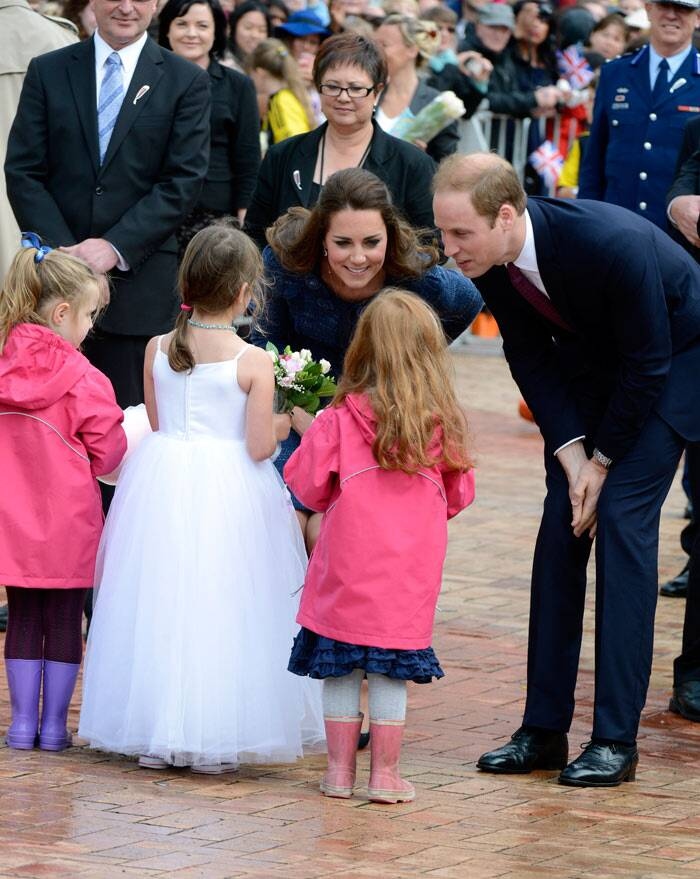 Kate Middleton brings sunshine to Australia with Prince George, Prince William