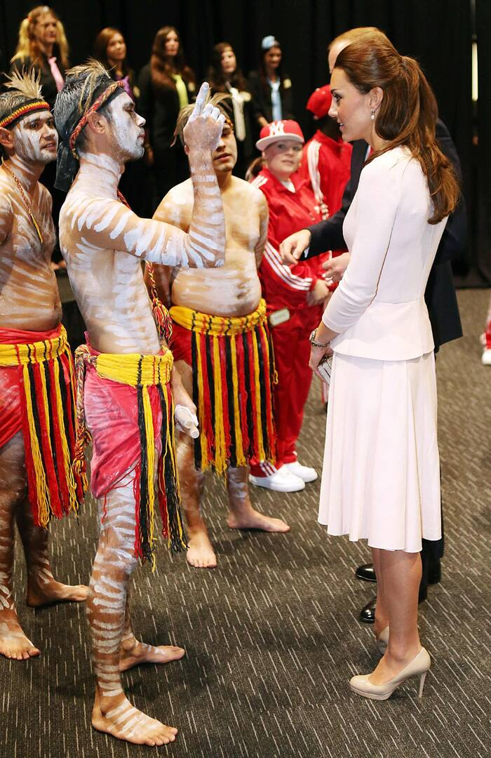 Kate Middleton speaks to performers at the youth community centre. (Reuters)
