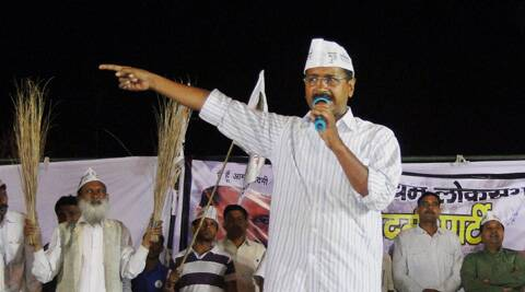Kejriwal government had filed FIR against Petroleum Minister Veerappa Moily and RIL chairman Mukesh Ambani, alleging their involvement in corruption in hike in gas prices. (PTI)
