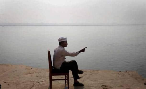 Kejriwal begins campaign trail in Varanasi