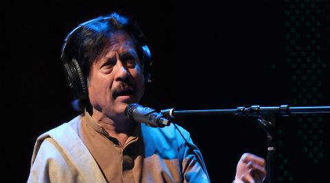 Ataullah Khan will be sharing the stage with Indian Sufi singer Harshdeep Kaur.