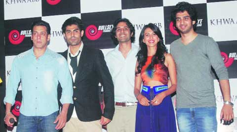 Salman Khan, Navdeep Singh, Zaid Ali Khan, Simer Motiani and Amal Malik at the music launc of Khwaabb