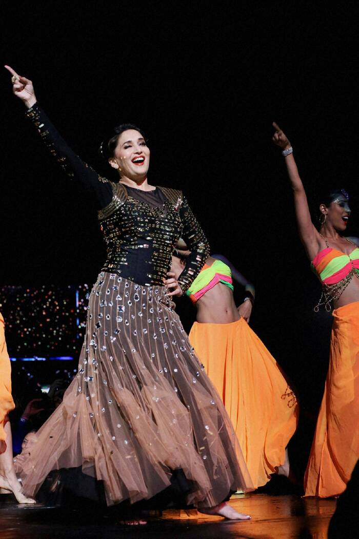 Madhuri Dixit went among the crowd to groove with them for a few seconds. She performed on 'Ek Do Teen', 'Mera Piya Ghar Aaya', 'Ksera Ksera', 'Dhak Dhak Karne Laga' and 'Dola Re Dola Re'. (PTI)