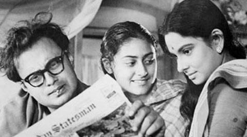 Satyajit Ray won the Silver Bear at the 14th Berlin International Film Festival for 'Mahanagar' in 1964. The film also marked the debut of Jaya Bachchan.
