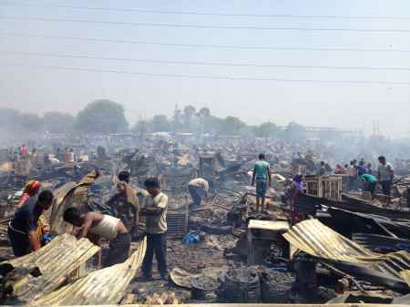 Fire destroys 500 hutments in Delhi's Vasant Kunj area