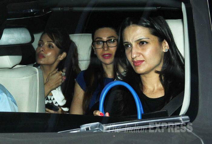 Bollywood actress Karisma Kapoor was spotted with her friends Anu Dewan and Malaika Arora Khan at the special screening of Alia Bhatt and Arjun Kapoor's '2 States' held on Wednesda (April 16) in Mumbai. (Photo: Varinder Chawla)