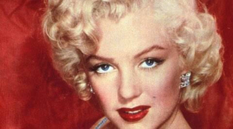 marilyn earrings marilyn earrings auctioned for 185 000 the 2549