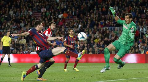 Lionel Messi smashed in a superb free kick to complete a 2-1 comeback win for injury-hit Barcelona at home. (Reuters)