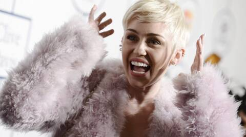 Miley Cyrus is planning to go ahead with her European tour dates after suffering a severe allergic reaction.