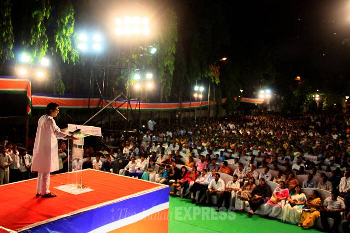 Addressing a poll campaign rally in suburban Jogeshwari on April 16, Raj Thackeray said that it was Munde who had sought his support. (IE Photo: Amit Chakravarty)