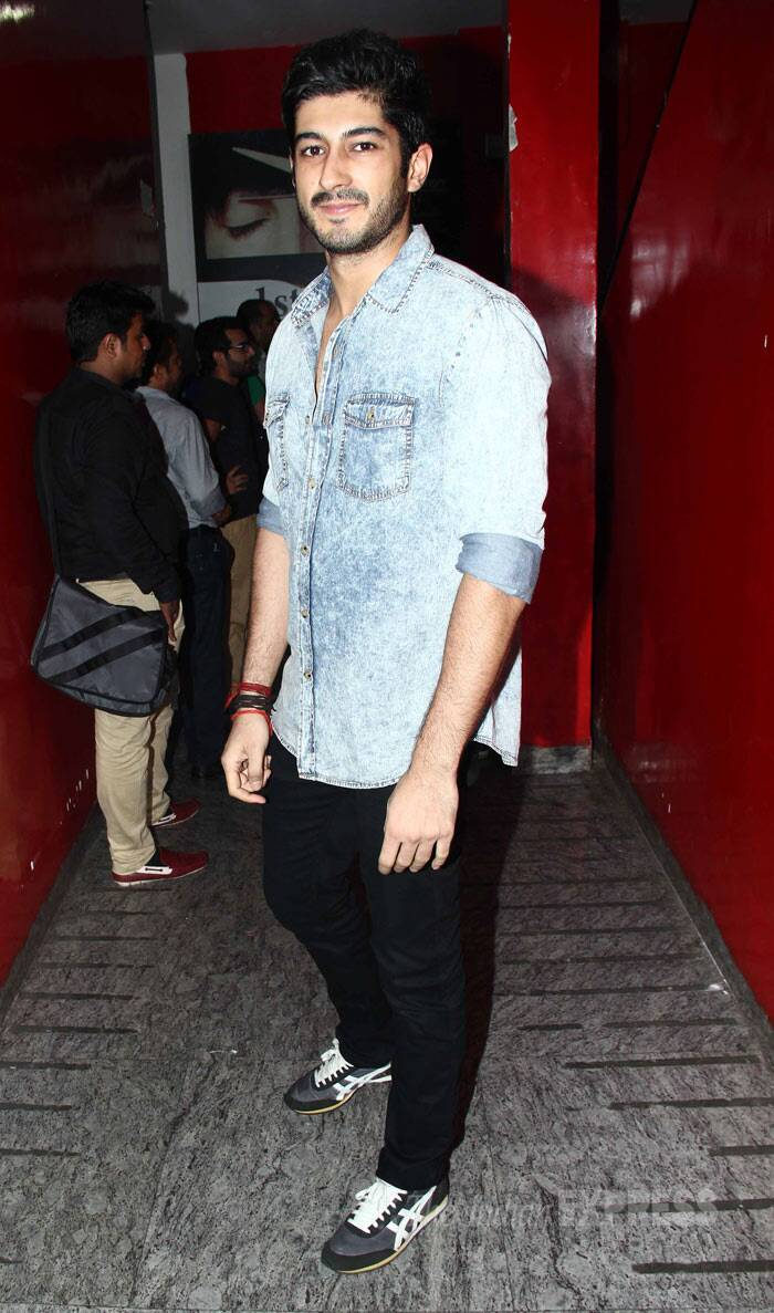 "New kid on the block Mohit Marwah looked smart in a denim shirt and black pants. ""Go watch #Meinterahero for the super talented @Varun_dvn ! Gets into character of a David dhawan hero effortlessly.Fullon Entertainment!!!,"" he posted. (Photo: Varinder Chawla)"