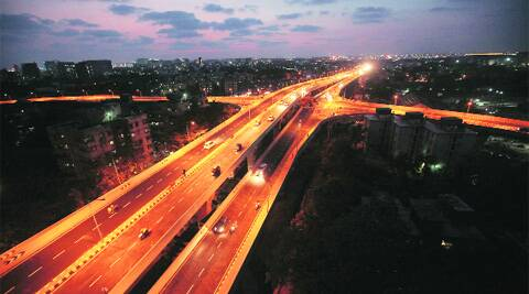 The 3.45-km link road will help commuters reach Chembur from the domestic airport in less than 30 minutes. (Photo: Pradip Das)