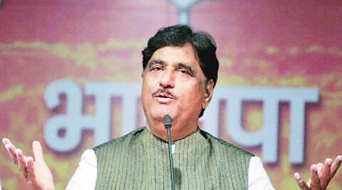Gopinath Munde died after his liver ruptured and he suffered a cardiac arrest following a road accident here this morning.  ( Source: PTI )
