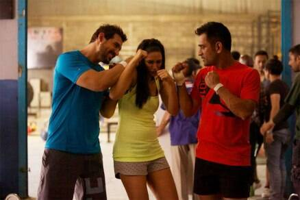 Is Nargis John Abraham, Dhoni's punch bag?