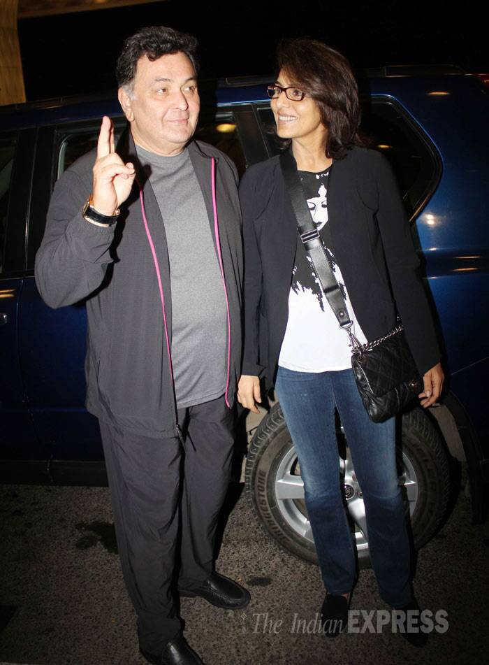 Ranbir's parents, Rishi Kapoor and Neetu Singh also obliged the cameras with a few pictures. (Photo: Varinder Singh)