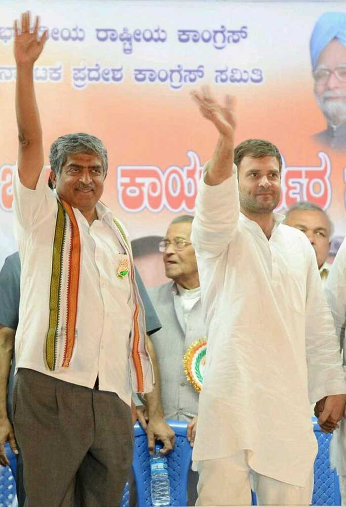 "@NandanNilekani: ""Superb rally with Rahul Gandhi yesterday! Grateful to him for coming to Bengaluru to share INC India's vision."""