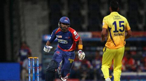 Ishwar Pandey (R) delivered figures of 4-0-23-2 in just his first match for CSK (Photo: BCCI/IPL)