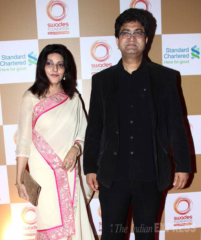 Scriptwriter and lyricist Prasoon Joshi was accompanied by his wife Aparna. (Photo: Varinder Chawla)