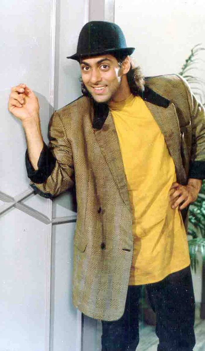 <b>Prem, Salman Khan</b>: Salman Khan did a great job playing the lovable Prem. He too dreams of marrying the rich girl, played by Raveena Tandon. He played a simple guy who is constantly bullied by the over smart Amar.