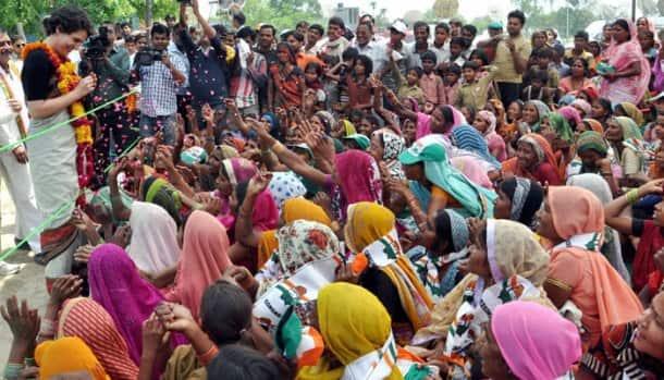 Priyanka Vadra campaigns for mother Sonia Gandhi in Rae Bareli