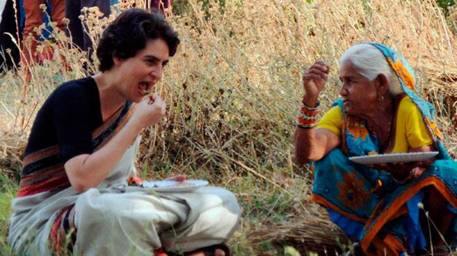 Priyanka Vadra campaigns for mother Sonia Gandhi in Rae Bareli