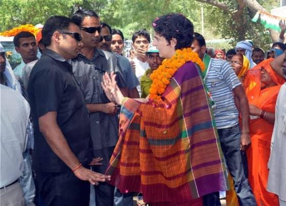 Priyanka Vadra in Rae Bareli, seeks to corner Narendra Modi on 'snoopgate'