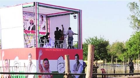 Arrangements being made for the Rahul Gandhi rally in Bathinda. Gurmeet Singh