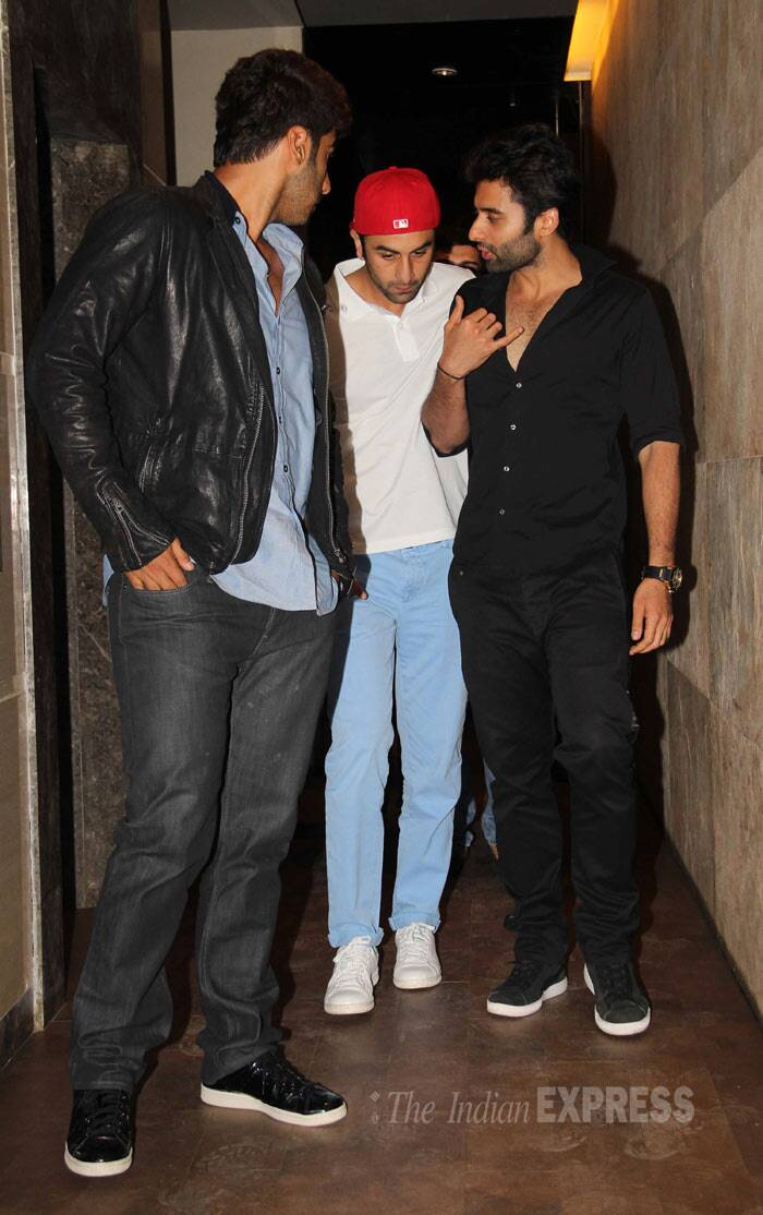 Ranbir, Jackky, Arjun seemed to have a lot to catch up on as they chatted away. (Photo: Varinder Chawla)